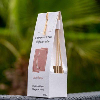 bouquet parfumé, diffuseur de parfum 100 ml avec rotin senteur musc blanc