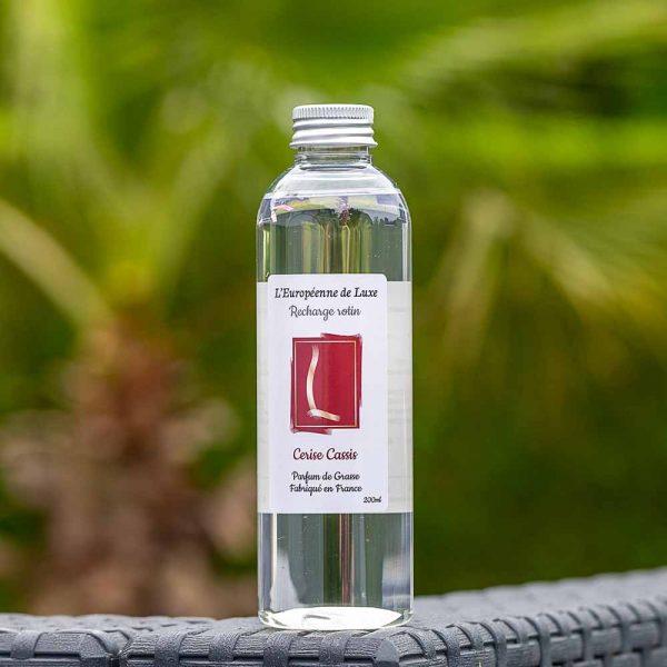 recharge 200 ml pour diffuseur rotin senteur cerise cassis