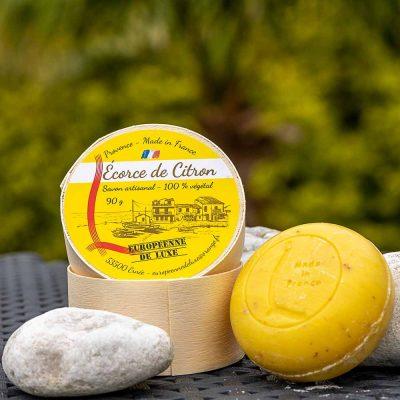 savon senteur écorce de citron aux huiles pures végétales, fabrication française