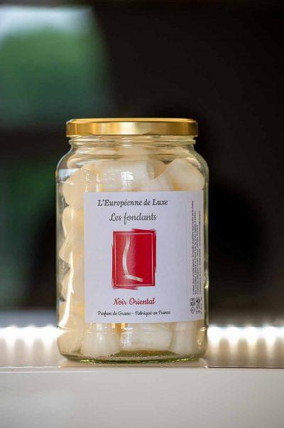 fondants en cire végétale senteur noir oriental, fabriqués en France